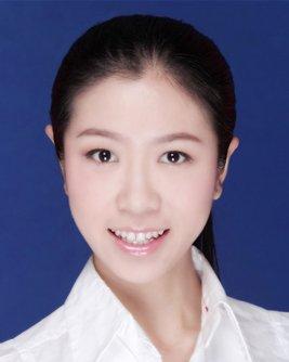 2009届学生 李含--深圳航空公司